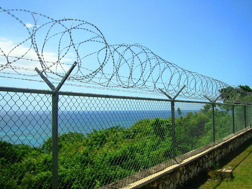 Razor Wire Fencing System Pictures To Pin On Pinterest