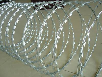Straight Line Razor Wire Fence